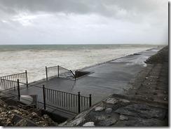 okinawa taifu higai4