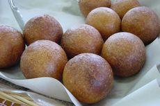 沖縄の食べ物「サーターアンダギー2」